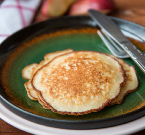 Apple Vanila Whole Wheat Pancake